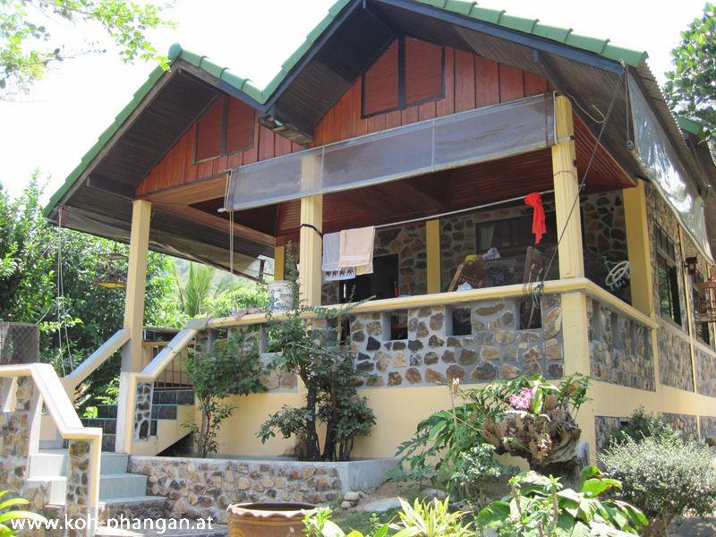 Coral Bay Bungalows – Haad Khom Bay – Koh Phangan