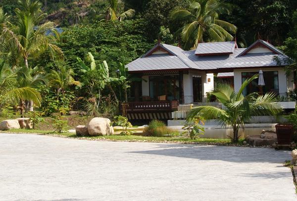 Salad-Buri-Resort-Spa