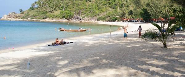 Das Haad Khuad Resort oder auch Bottle Beach 3 Resort liegt im Norden von Koh Phangan, am Haad Khuad oder besser bekannt als Bottle Beach. Wir haben ihn besucht den Haad Khuad, wir haben die Fahrt mit dem Motoroller angetreten,...